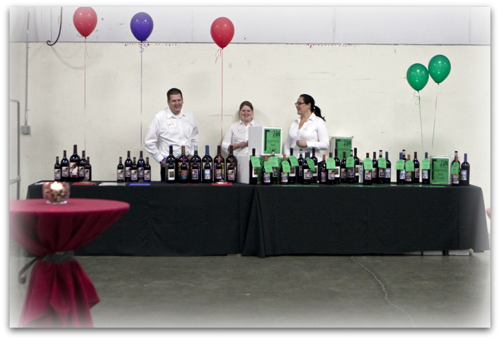 Auction Table with Collaborative Blend
