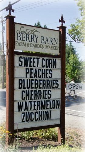 Wineormous-Smith-Berry-Barn in Washington County, Oregony