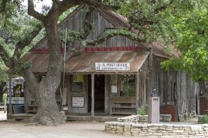WINEormous at Luckenbach